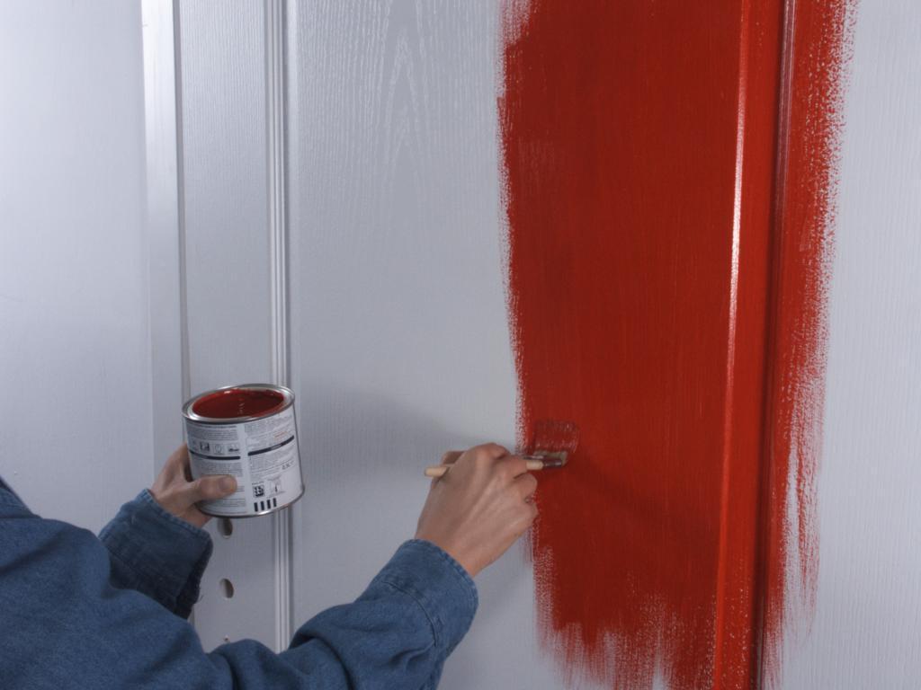 Как покрасить старые межкомнатные двери