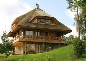Какова долговечность деревянных домов