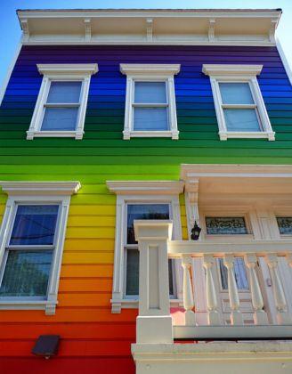 Как выбрать краску для фасада?