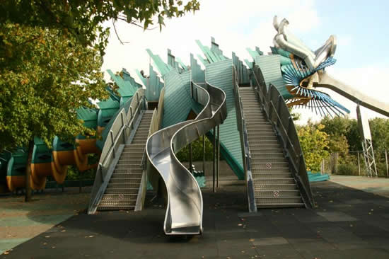 parc_de_la_villette_dragon_slider