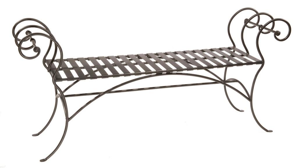 Кованые скамьи: идеи для каждой комнаты