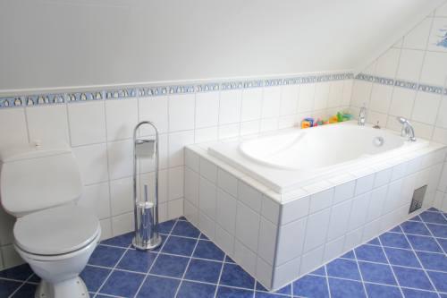 3 вещи, которые необходимо знать, покупая гидромассажную ванну в Киеве