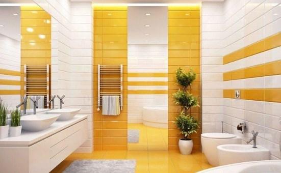 Желтая плитка в ванной. Фото