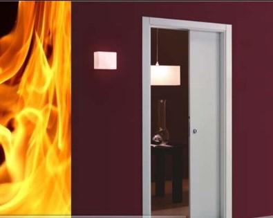 насколько безопасны деревянные огнестойкие двери
