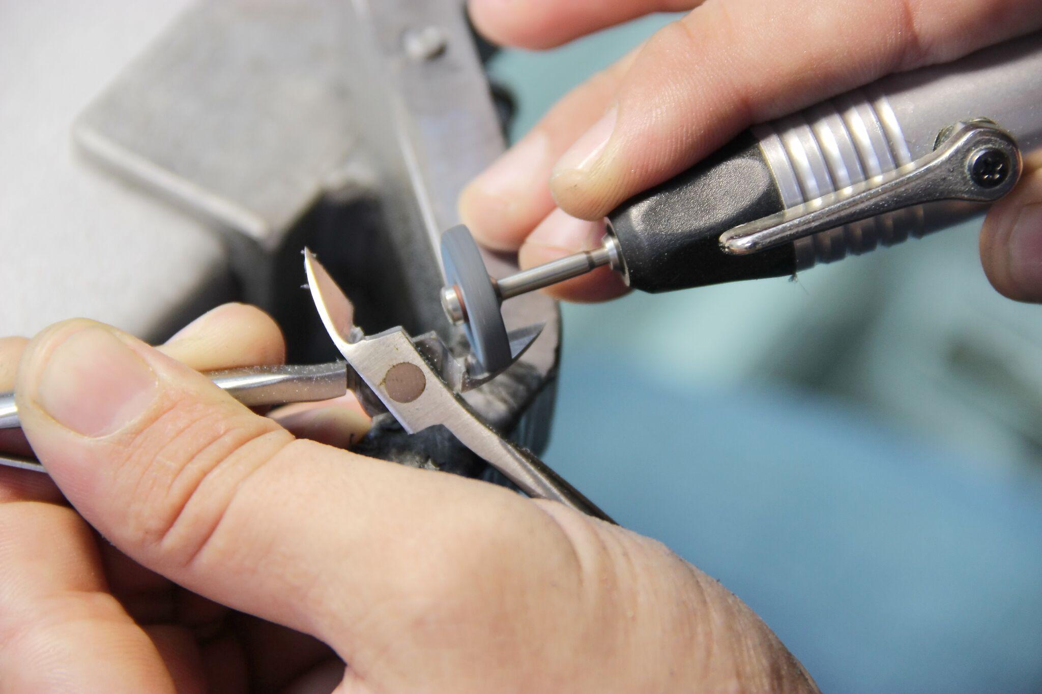 Профессиональная заточка маникюрных инструментов