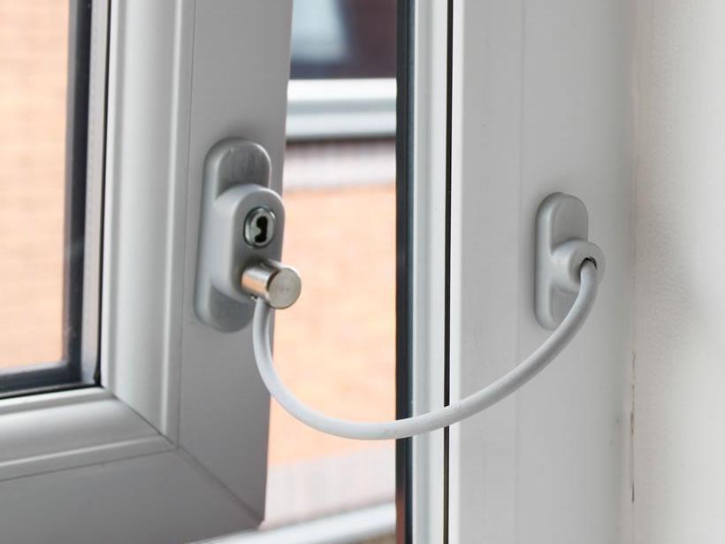 Защита для детей на пластиковые окна.