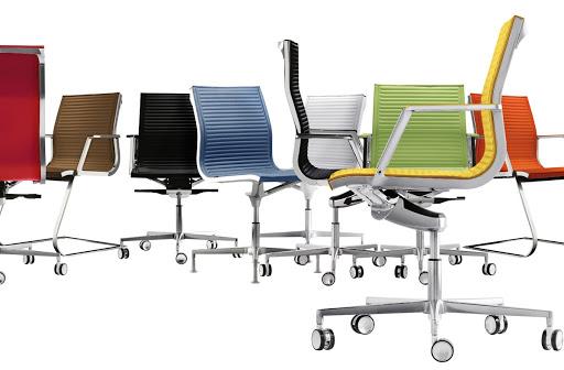 Каким требованиям должны отвечать современные офисные кресла