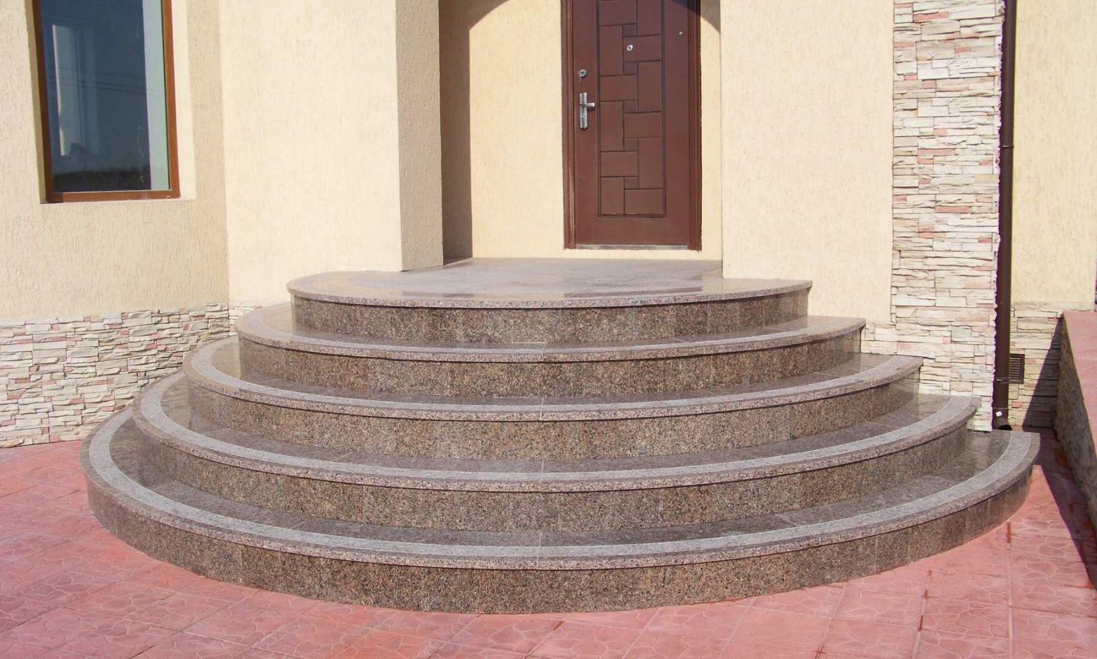 Преимущества наружной лестницы из гранита
