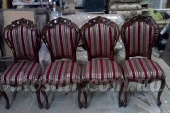 Ремонт старих м'яких меблів — нове життя улюблених крісел