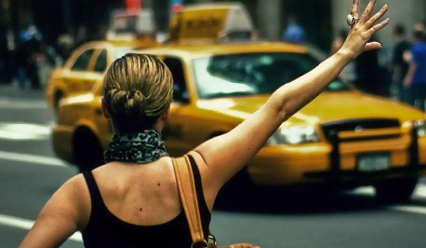 главные достоинства работы в такси.