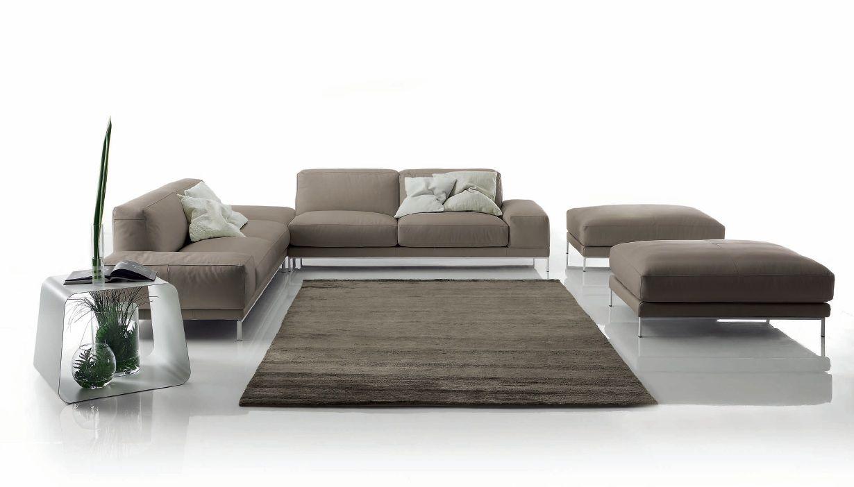 модульный диван свободной планировки