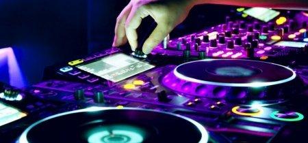 Какой DJ-микшер купить