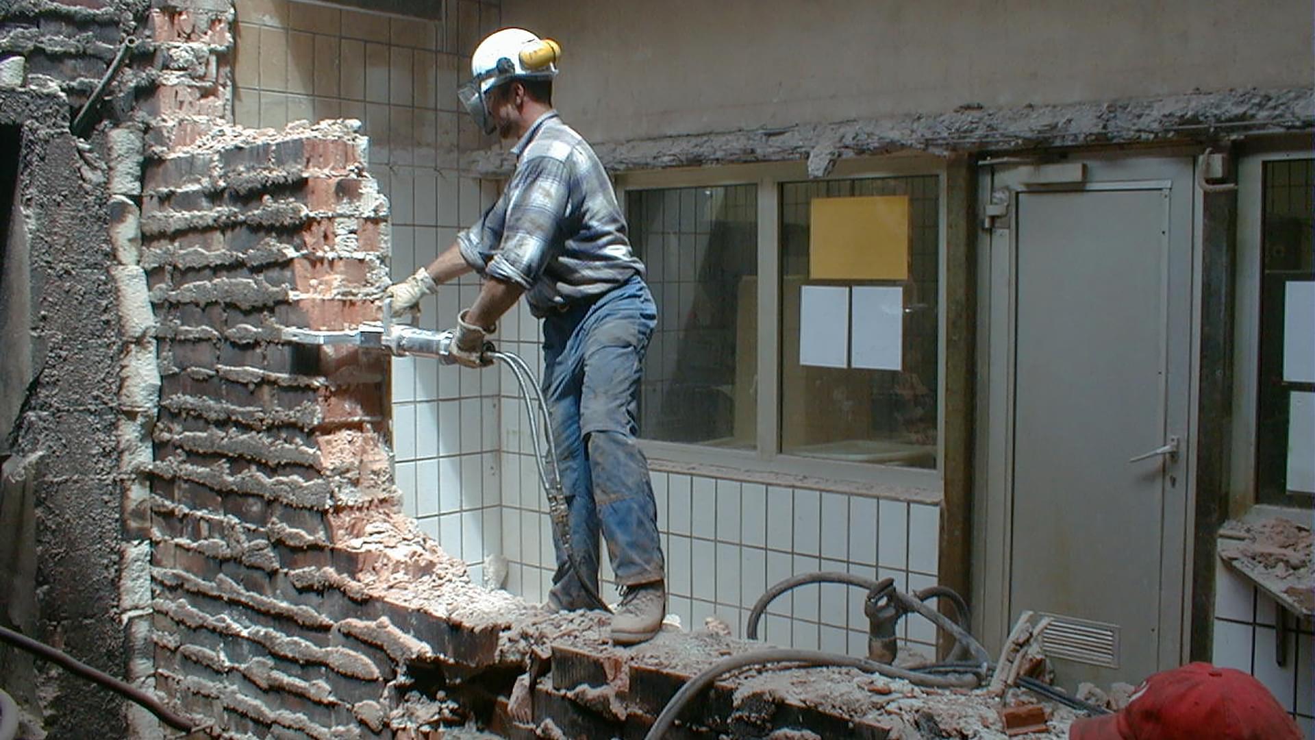 Демонтаж в Одессе быстро, просто и без дополнительных проблем