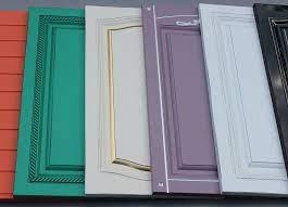 Почему покраску мебельных фасадов лучше заказывать у профессионалов